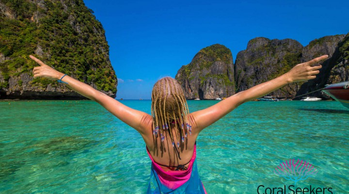 Boat charter to Phi Phi Islands